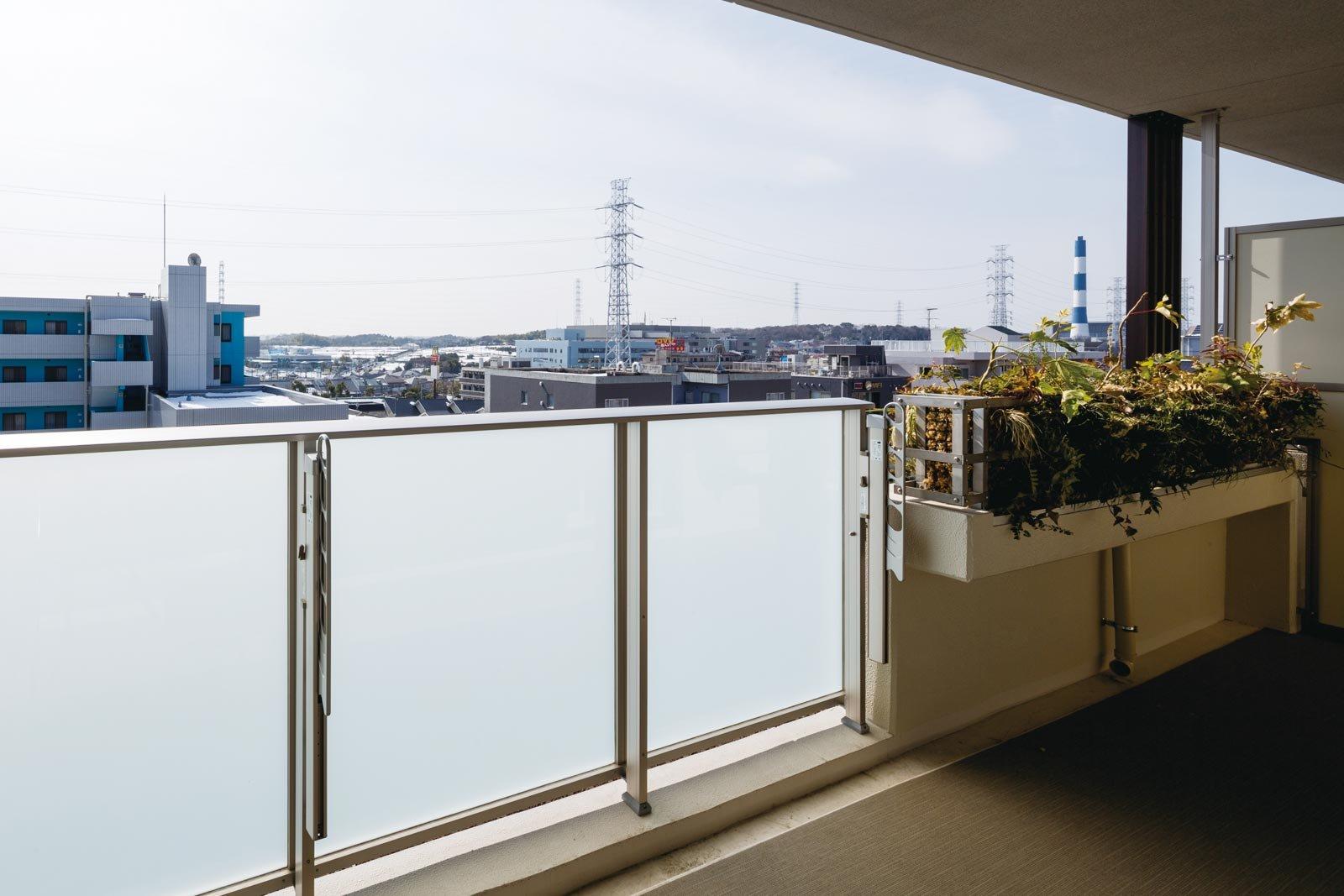 balcony_yokohamanakamachidai.jpg