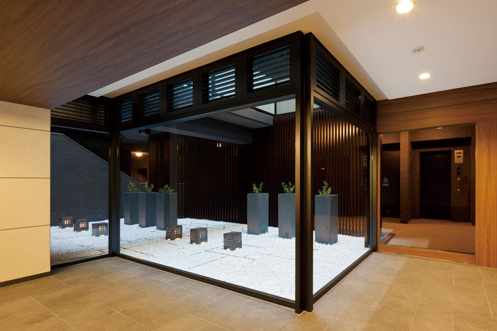 entrance-hall_kyotogojoin.jpg