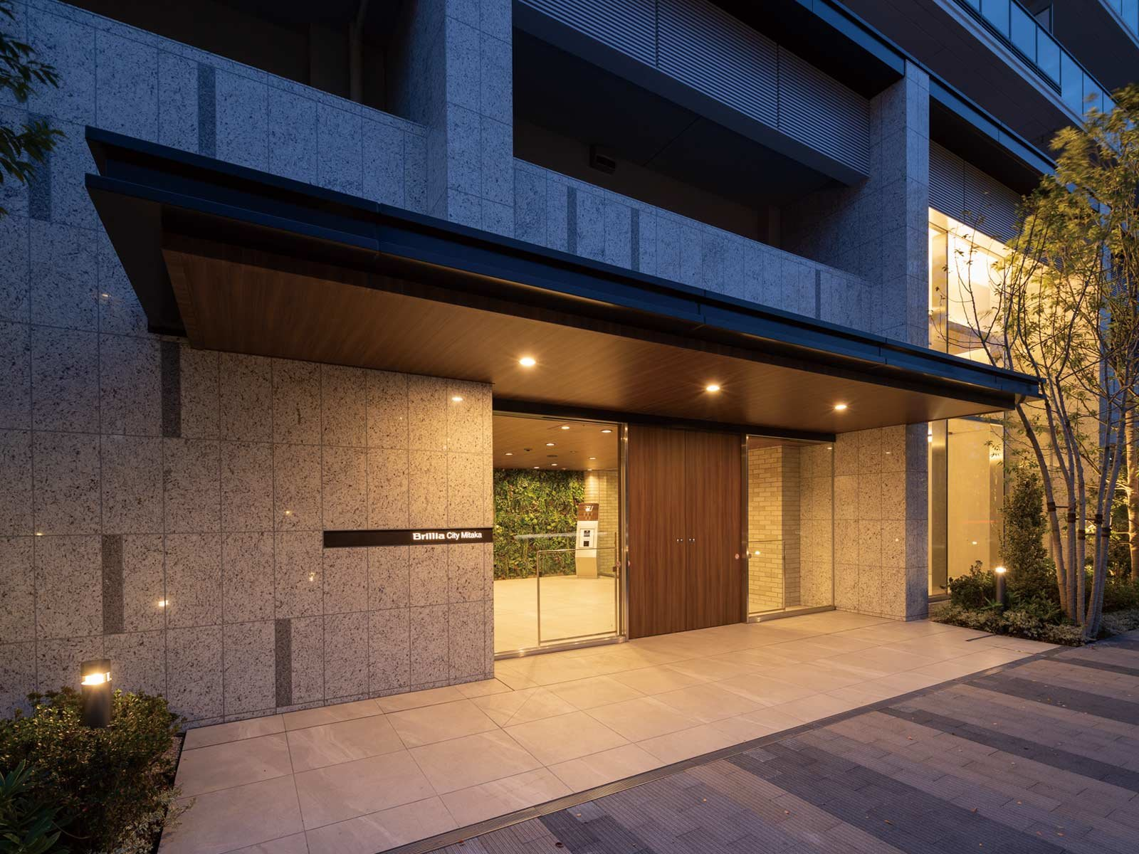 entrance_city-mitaka.jpg