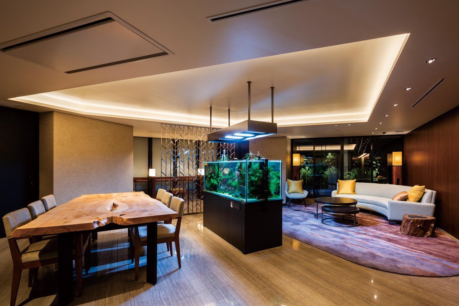 lounge02_tower-yoyogikoen-classy.jpg