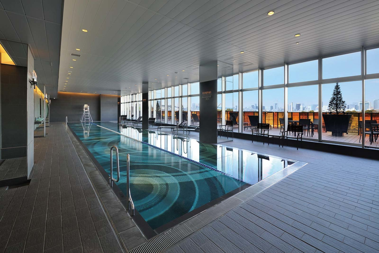 pool_ariake-skytower.jpg