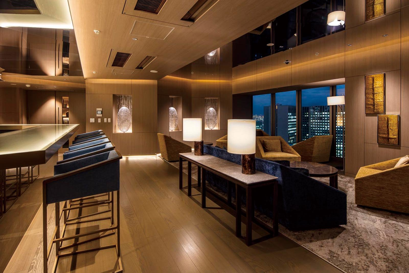 sky-lounge_tower-tokyoyaesu.jpg