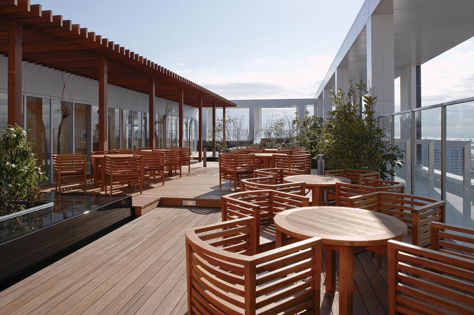 terrace_0204_md.jpg